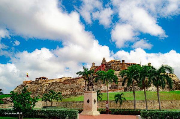 FOTOGRAFÍA DEL CASTILLO DE SAN FELIPE CARTAGENA DE INDIAS COLOMBIA
